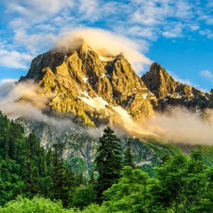 Mountain Peaks Fog Scenery Wallpaper