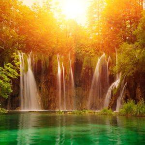 Waterfall In National Park Wallapaper